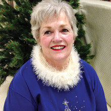 Chordaires show chorus retiring Director Doreen Hansen of Mesa