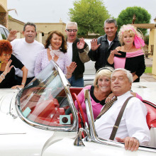 "Back together again, the cast of Doo Wop's 6 ""Reunion"" is rolling into Sun Lakes just to 