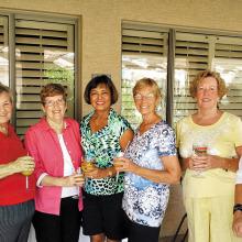 Oakwood Lady Niners enjoy brunch after golf!
