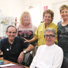 Members of the Italian American Club enjoy an afternoon of conversational Italian. Pictured are from left to right Joe DiFrancesco, Donna Haugland, Janet Bideaux, Lou Pardini and Lynn Przewlocki, la professoéssa.