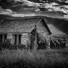 The House on the Hill by Raul Lopez
