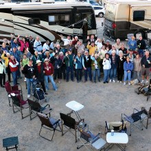 It was like herding cats to get all these folks together for the picture at Quartzite, but we did it! A good time was had by all.