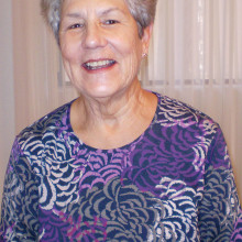Jo Bryant, Lady Putter's Vice President. Jo is a longtime Cottonwood resident and Lady Putters member.