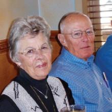 Long-time Metal Lokator members, Judy and Bob Hetzer, say goodbye.