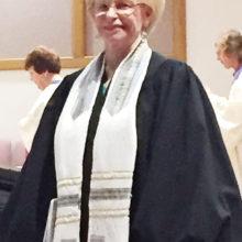 Sun Lakes Jewish Congregation Choir Director Lana Shagrin Oyer