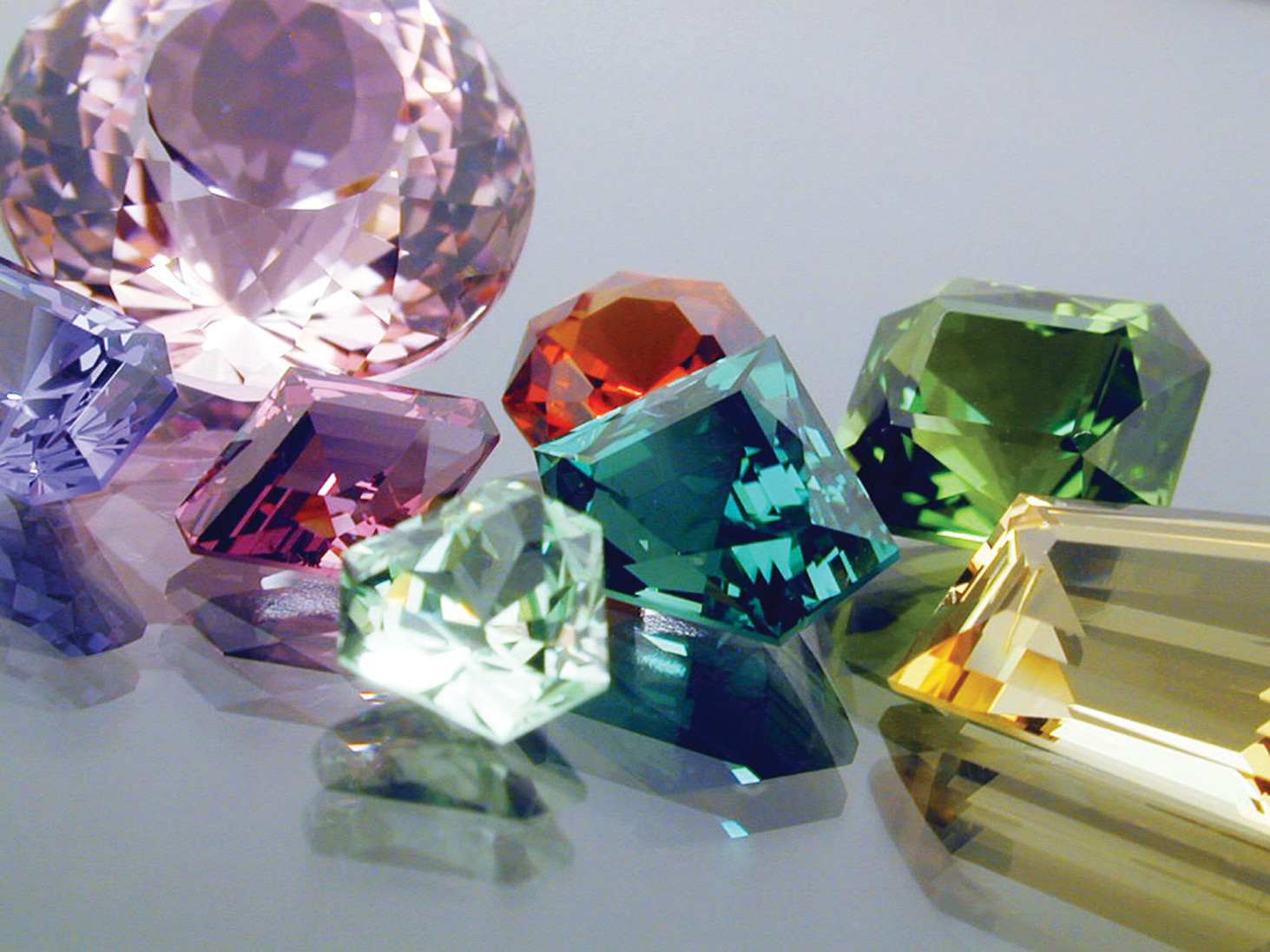 Thank you, Dan Stair Custom Gemstones, for use of this photo and information.