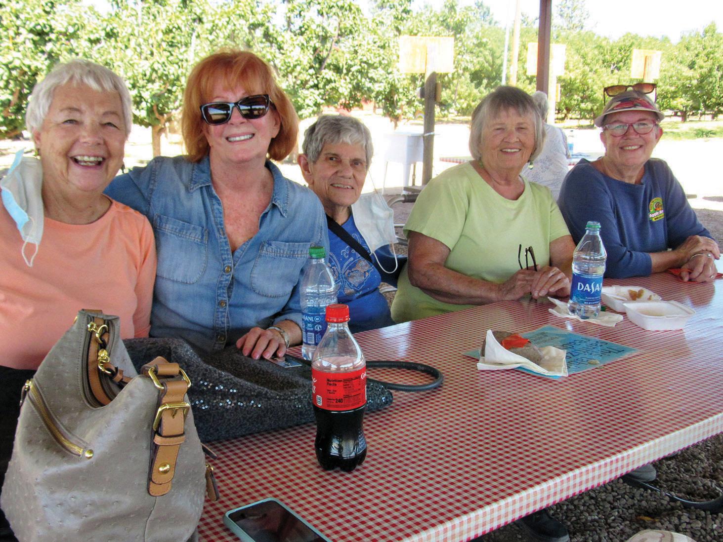 Gwen Grace, Jackie Mahoney, Toni Corrigan, Lois Valleau, and Apple Annie